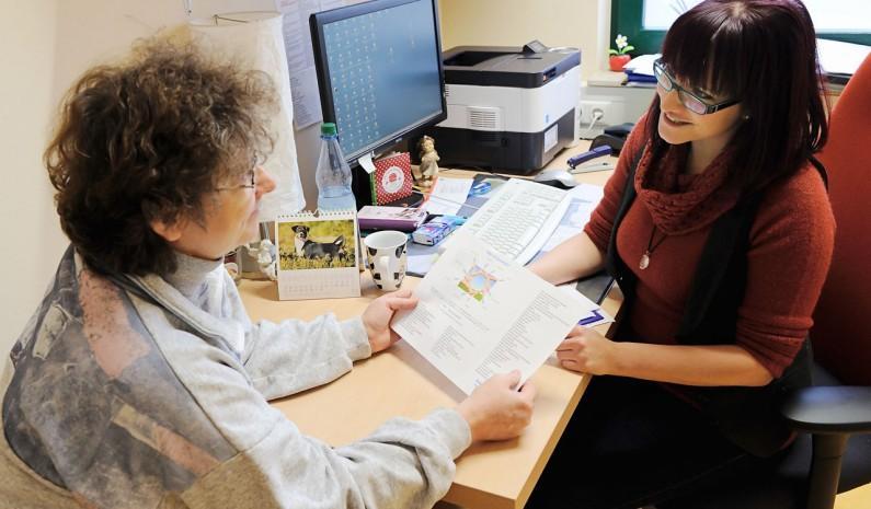 Sozialrechtliche Beratung und Hilfe beim Ausfüllen des Reha-Antrags in Hoyerswerda bietet unsere Reha-Sprechstunde.